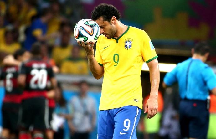 Fred lamentando jogo Brasil x Alemanha (Foto: André Durão / Globoesporte.com)