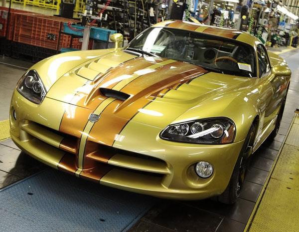 Última unidade do Dodge Viper foi entregue a colecionadores texanos (Foto: Divulgação)