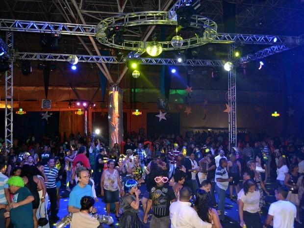 'Noite dos signos' animou público da Studio Disco, em Manaus (Foto: Marcos Dantas/G1 AM)