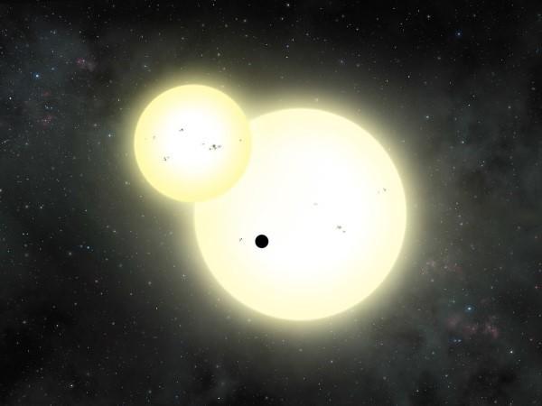 Impressão de artista de eclipse do planeta Kepler-1647, descoberto nesta segunda (13). (Foto: Lynette Cook/Nasa)