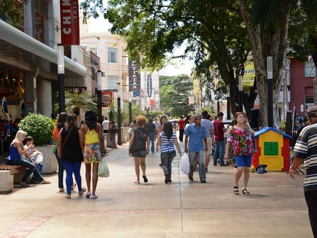 Lojas do Calçadão da Maffei estarão abertas durante feriado (Foto: Prefeitura de Presidente Prudente/Divulgação)