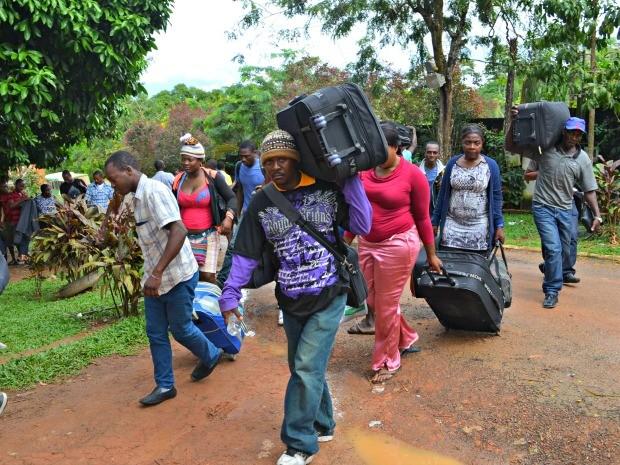 MPT quer que governo federal assuma a responsabilidade do abrigo e transporte de imigrantes (Foto: Aline Nascimento/G1)
