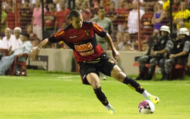 Marquinhos Gabriel, meio-campo do Sport  (Foto: Wagner Damasio/Divulgação Sport)