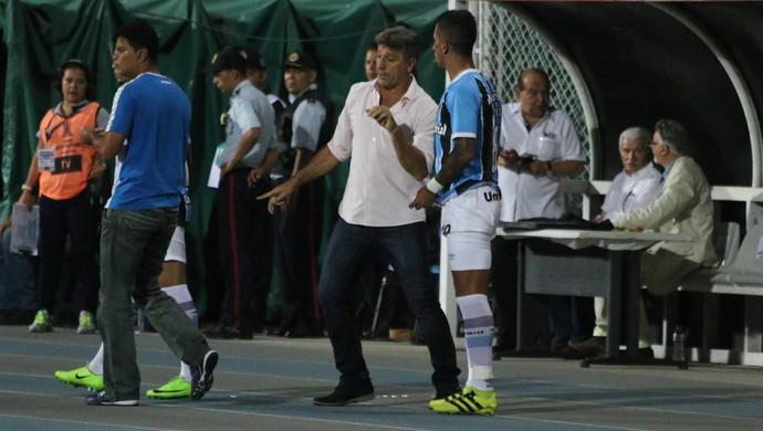 Grêmio x Zamora Grêmio Lucas Barrios Renato Gaúcho Barrios (Foto: Eduardo Moura/GloboEsporte.com)