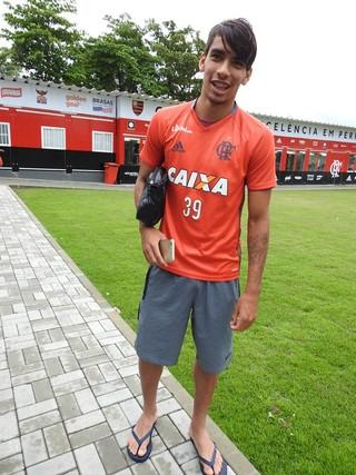 Paquetá abre o sorriso ao falar de seus planos com o Flamengo e a Seleção (Foto: Fred Gomes/GloboEsporte.com)