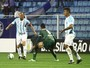 """""""O Avaí faz coisa, mas é preciso batalhar"""", diz Marquinhos em vitória"""