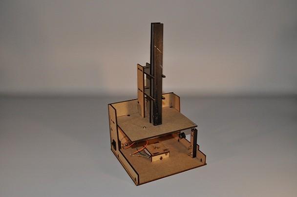 Microscópio fabricado por fab lab holandês; molde para produção pode ser baixado gratuitamente (Foto: Divulgação)