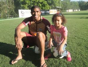 Junior Cesar e a filha, Júlia (Foto: Lucas Catta Prêta / Globoesporte.com)