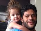 Hulk apresenta filha após ação de paternidade: 'Papai te ama'