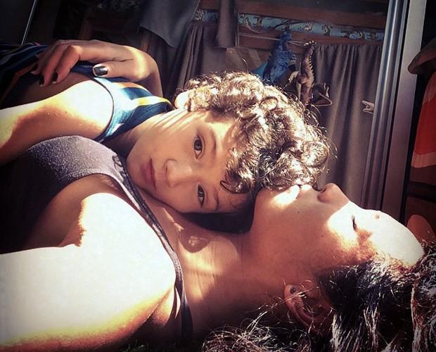 Fofos! Dani e Kauai descansam juntos (Foto: Arquivo Pessoal)