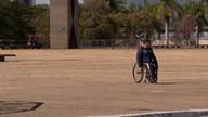 Problemas de acessibilidade dificultam passeio pelos monumentos de Brasília