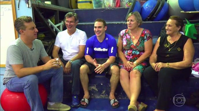 Arthur Zanetti conta sua história ao lado da família (Foto: TV Globo)