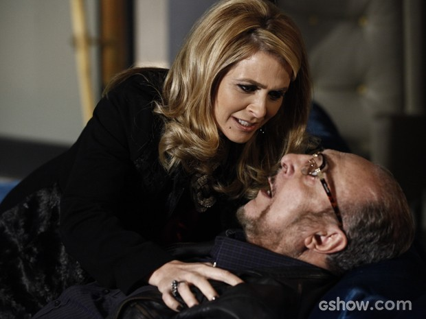 Dono da Parker TV cai nos braços da filha (Foto: Inácio Moraes/TV Globo)