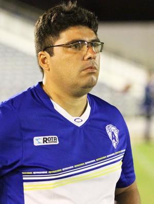 Stéfferson Bruno, técnico do Atlético de Cajazeiras (Foto: Magnus Menezes / Jornal da Paraíba)