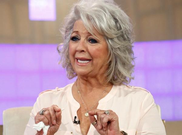 Chef famosa na televisão dos EUA, Paula Deen admitiu ter usado uma palavra consierada pesada e racista naquele país. Recorreu também a um pedido público de desculpas em um programa de entrevistas transmitido nacionalmente. Deen chorou e negou ser racista. (Foto: Getty Images)