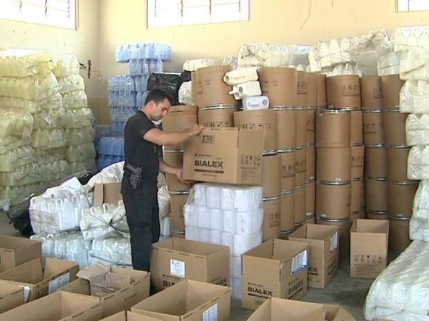 Polícia Civil apreendeu mais de R$ 5 milhões em produtos falsificados (Foto: Valdinei Malaguti/EPTV)