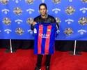 """Estrela na NBA, Ronaldinho confirma aposentadoria: """"Jogo de despedida"""""""