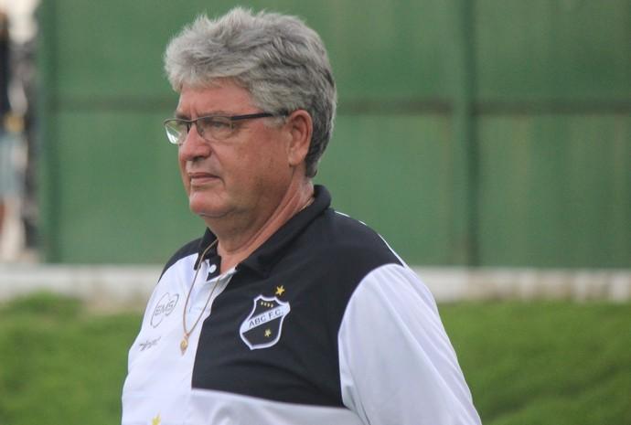 Geninho, técnico do ABC (Foto: Andrei Torres/ABC FC/Divulgação)