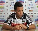 Leandro Oliveira comemora a boa estreia pelo Santa Cruz