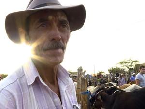 PREP_ . Por conta da seca, os animais do sitiante Manoel Ferreira estão magros, quase morrendo (Foto: TV Globo)