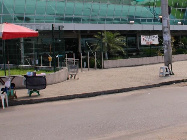 Confusão ocorreu em um estabelecimento comercial na Zona Norte de Manaus   (Foto: Ive Rylo / G1 AM)
