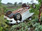 Motorista perde controle da direção e carro capota no oeste da Bahia