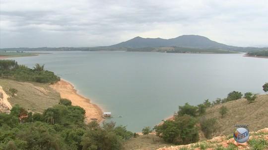 Dois corpos são encontrados em lago próximo a Carmo do Rio Claro, MG