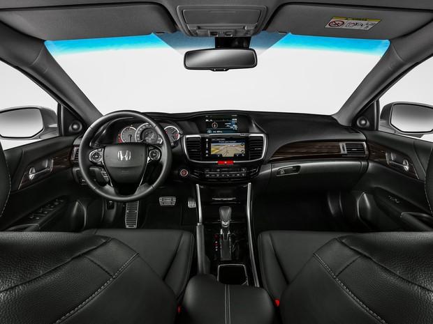 Interior do Honda Accord 2016 (Foto: Divulgação)