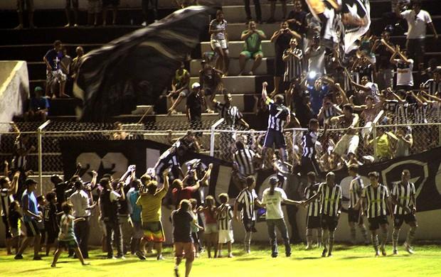 Túlio comemoração gol Botafogo (Foto: Thiago Fernandes / Globoesporte.com)