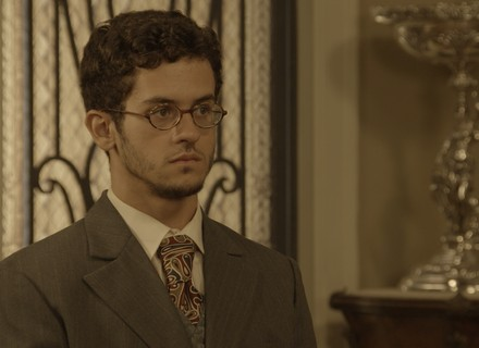 Jack reaparece e pode desmascarar Sandra e Ernesto!
