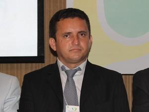 Presidente da Associação Piauiense de Municípios (APPM), Arinaldo Leal. (Foto: Gil Oliveira/G1)