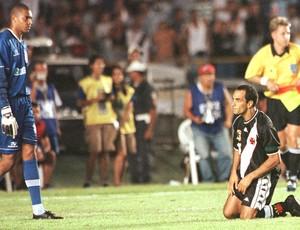 Dida e Edmundo Mundial de Clubes Corinthians e Vasco 2000 (Foto: Delfim Vieira / Agência estado)