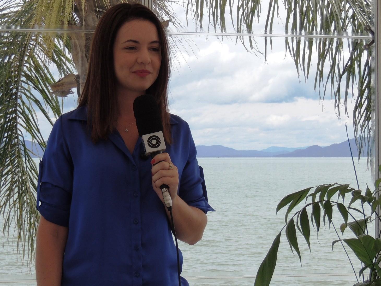 Thalita Rosa participou ao vivo do JA (Foto: Géssica Valentini/RBS TV)