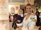 Nívea Stelmann e Samara Felippo participam de evento de loja no Rio