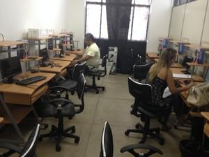 Local onde é realizado o curso de informática em Macapá (Foto: Cassio Albuquerque/G1)