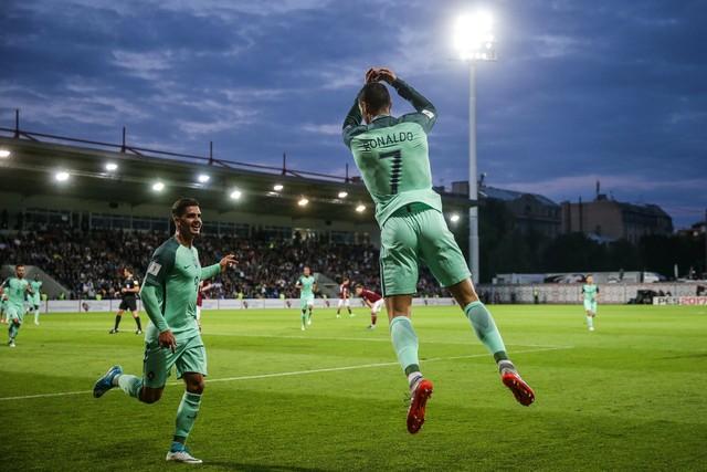08d27eb0bdc62 Letônia x Portugal - Eliminatórias da Copa - Europa 2016-2017 ...