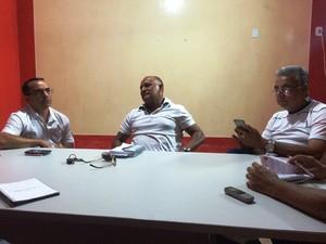 Reunião foi realizada na sala de imprensa do CT José de Melo, em Rio Branco (Foto: Diego Torres)