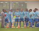 Jogadores do Avaí fazem pacto com diretoria para time voltar a vencer