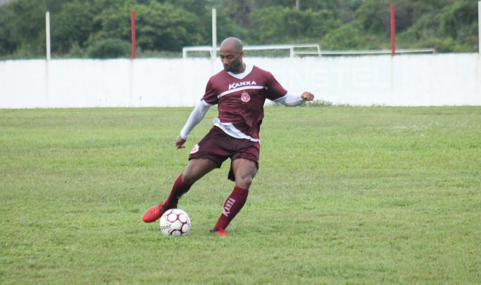 Cascata diz que bom desempenho dá confiança, mas liga sinal de alerta para mata-mata (Foto: Canindé Pereira/América FC)