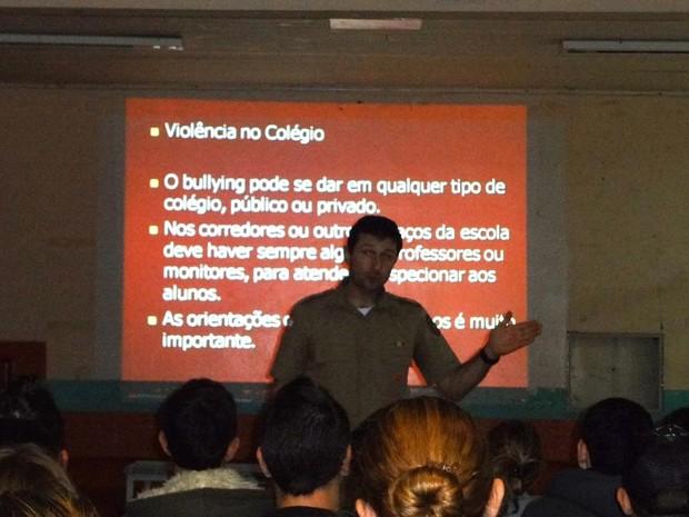 Projeto contra as drogas já foi apresentado para 10 mil alunos (Foto: PMSC)