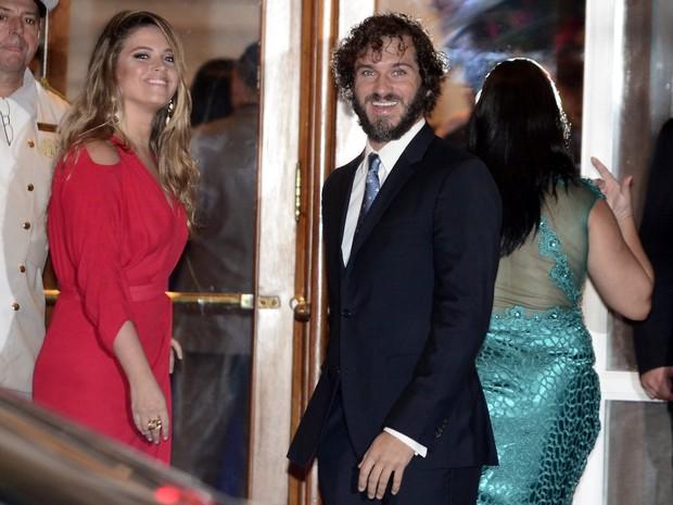 Paulo Rocha e Juliana Pereira em festa de casamento de Eri Johnson e Alice Souto na Zona Sul do Rio (Foto: Roberto Teixeira/ EGO)
