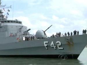 Fragata da marinha brasileira  (Foto: Divulgação/TV Gazeta)