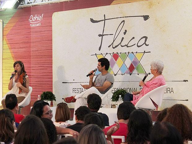 Atriz e apresentadora Maria Paula dividiu debate com escritora baiana Miriam de Sales na Bahia (Foto: Ida Sandes/ G1)