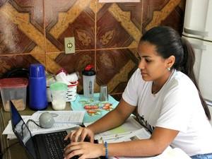 Estudante Natalya Sacramento  (Foto: Matheus Castro/G1 AM)