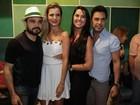 Zezé Di Camargo e Luciano visitam a Imperatriz em noite de samba
