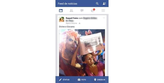 Timeline com foto postada no Facebook pelo celular (Foto: Reprodução/ Raquel Freire)