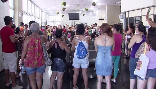 Manifestações aconteceram nesta terça-feira em Cubatão (Foto: Reprodução/TV Tribuna)