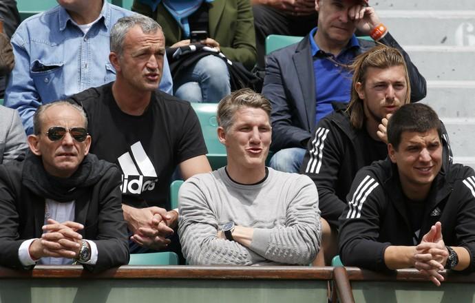 Schweinsteiger acompanha partida de Ivanovic nas quartas em Roland Garros (Foto: Reuters)