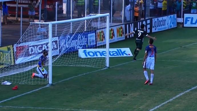 Goiás x Trindade - Campeonato Goiano (Foto: Reprodução / TV Anhanguera)
