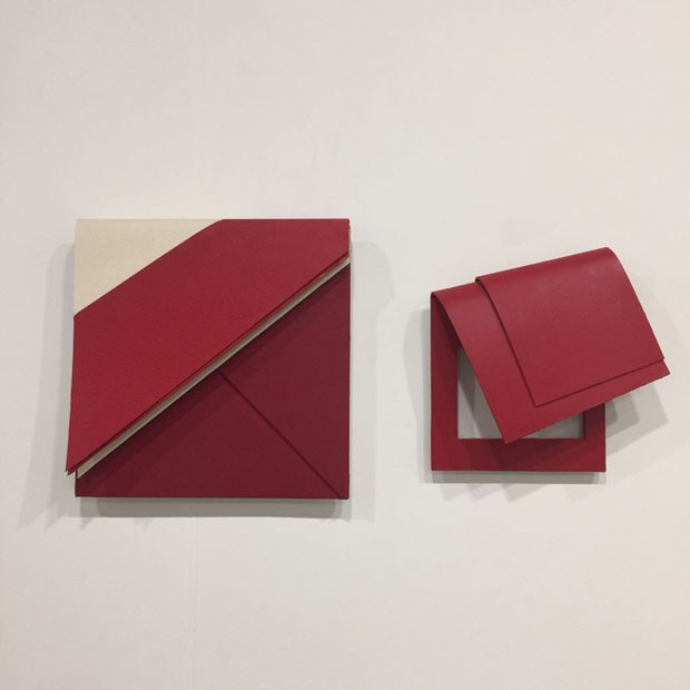 … Luciano Figueiredo, na galeria Leme… (Foto: Taissa Buescu)